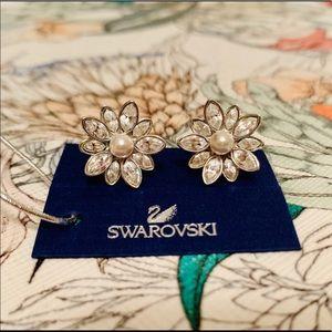 Swarovski x Disney Pearl & Crystal Flower Earrings